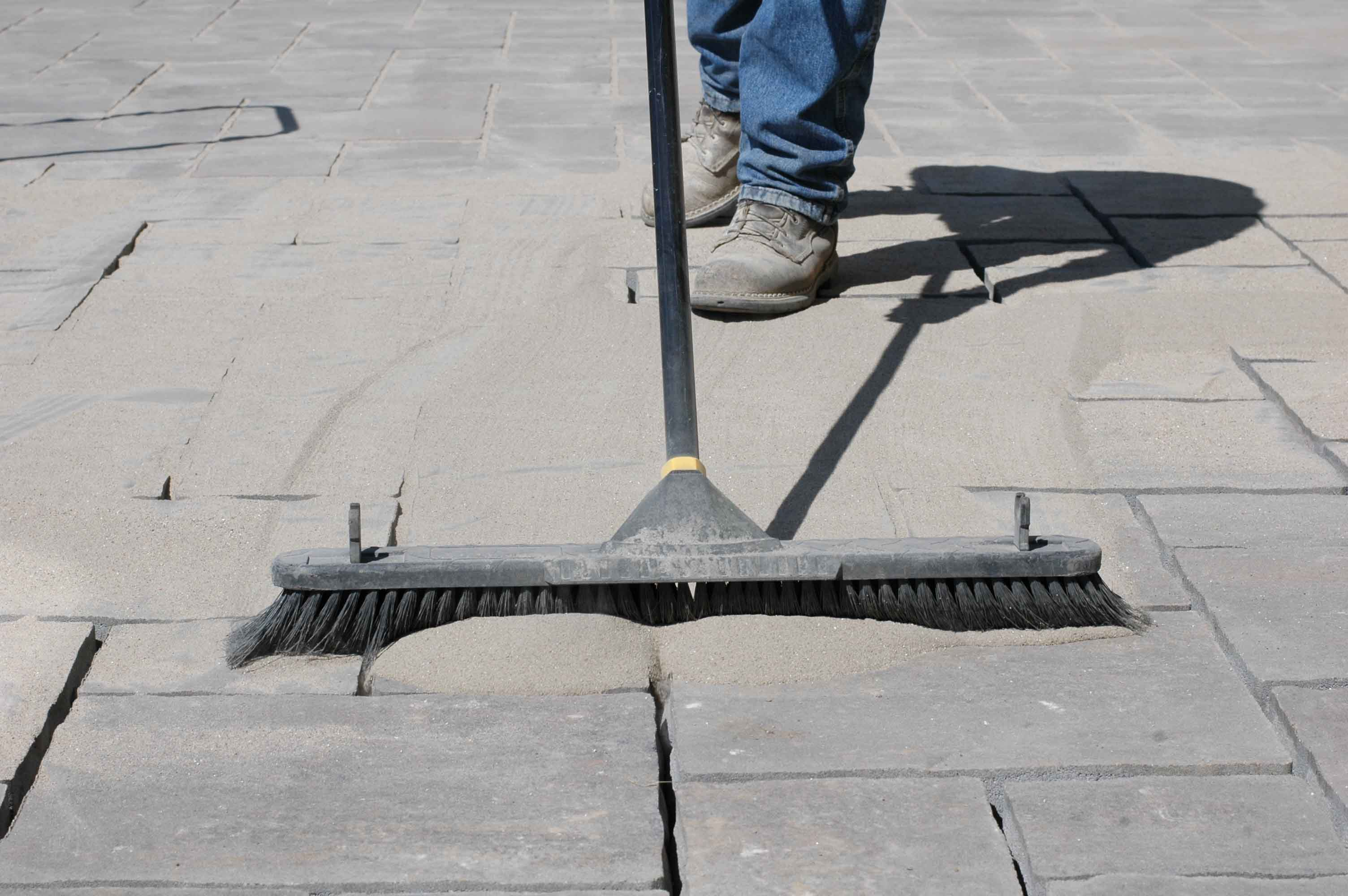 Sweep PolySweep Into Joints